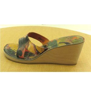 NEW Womens Icon Slip On Sandals Wedge Multi-Color